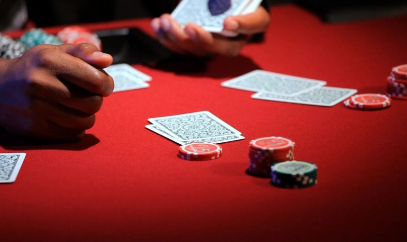 Cara Mendapatkan Jackpot Poker Online Royal Flush dan Withdraw